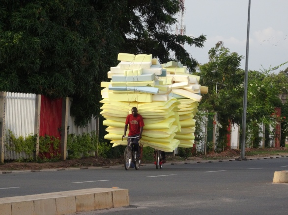 Another loaded Burundian bicycle !