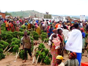 Beautiful market between the Burundian and Tanzanian borders at Mapanda, Burundi