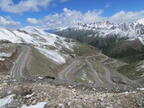 Pass between Sary-Tash and Osh, Kirghizstan