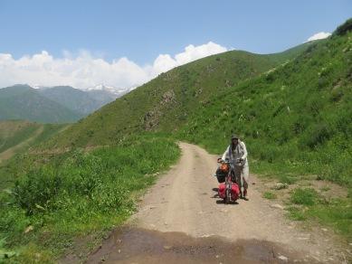 Toluk/Chaek road, Kirghizstan